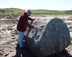 Striking the Tiree ringing rock